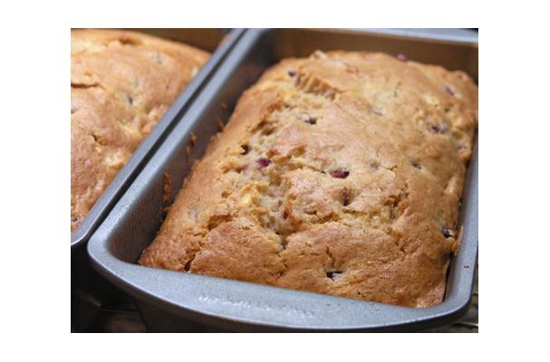 Image of Apple Pomegranate Spice Bread, Foodista