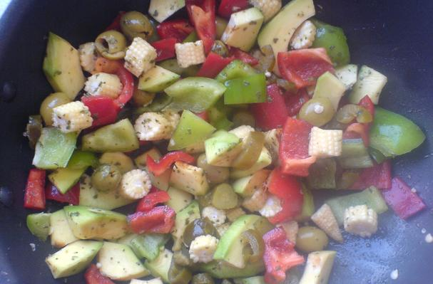 Image of Avocado And Peppers Salad, Foodista