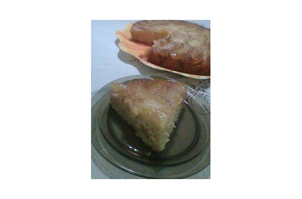 Image of Apple Cake With Caramel And Cinnamon, Foodista