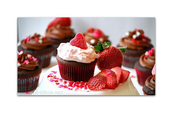 Strawberry Deluxe Cream Cake  Segrees