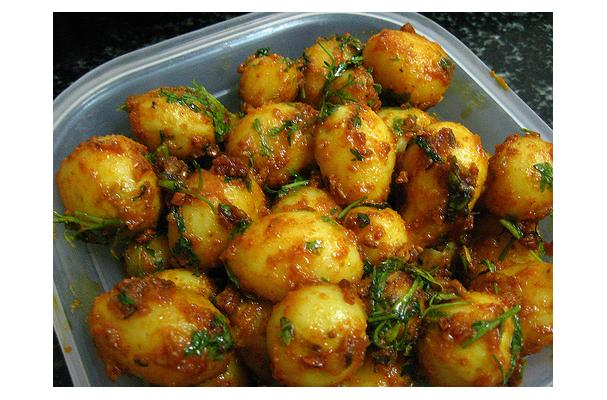Image of Aloo Dum, Foodista