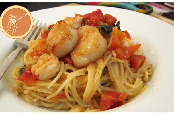 Shrimp With Scallop Pasta