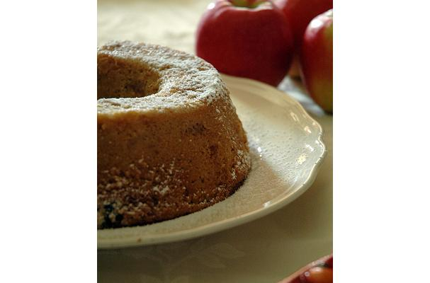 Image of Apple And Black Tea Cake, Foodista