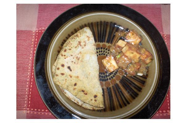 Image of Aloo Paratha, Foodista