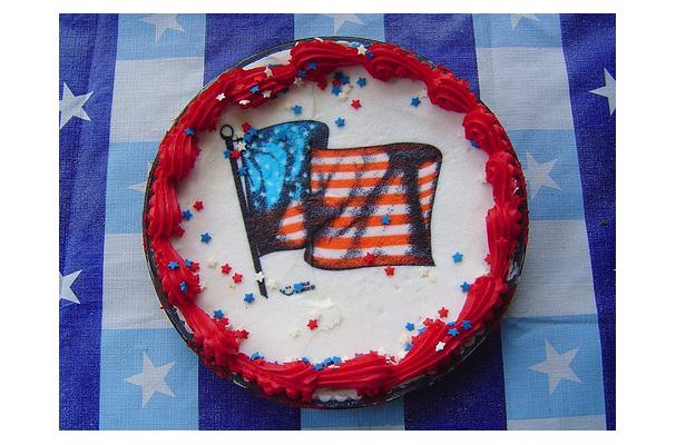 Image of American Flag Cake, Foodista