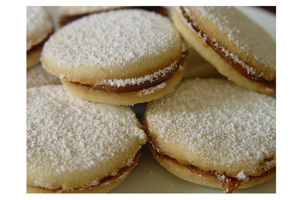 Image of Alfajores, Foodista