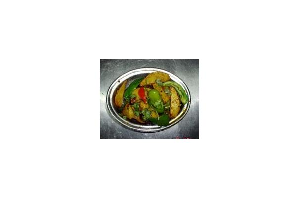 Image of Aloo Capsicum Recipe, Foodista