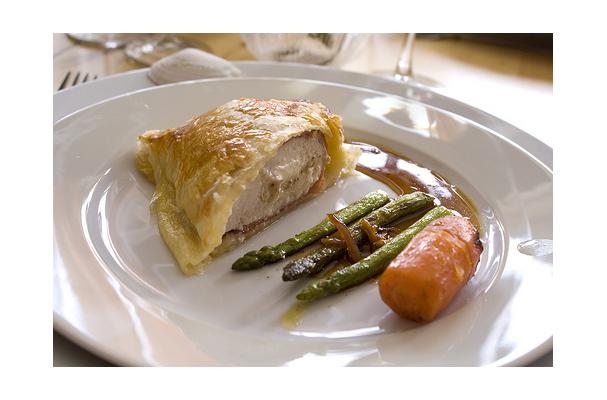 Image of Asparagus With Cheese- Bacon Sauce, Foodista