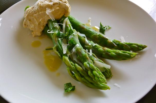 Image of Asparagus With Black Pepper-pecorino Zabaglione, Foodista