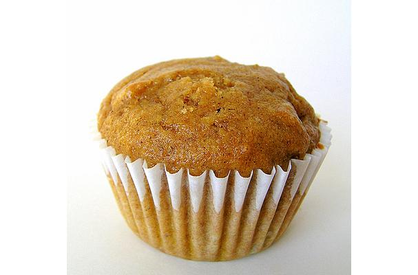 Image of Applesauce Muffins, Foodista