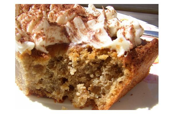 Image of Amaretto Cake, Foodista