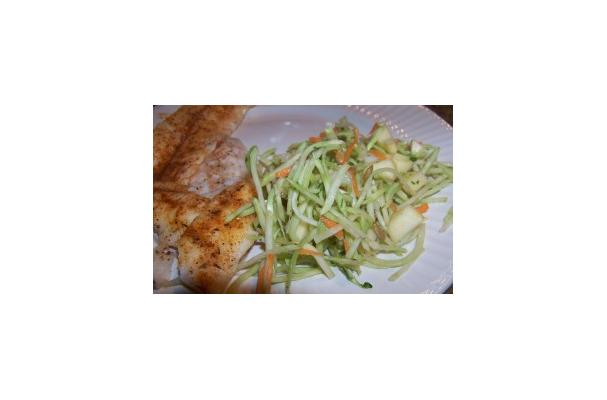 Image of Apple Broccoli Slaw, Foodista