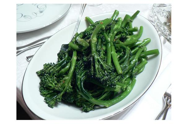 Foodista Recipes Cooking Tips And Food News Broccoli Rabe