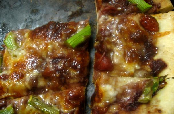 Image of Asparagus And Red Wine & Tomato Reduction Flatbread, Foodista