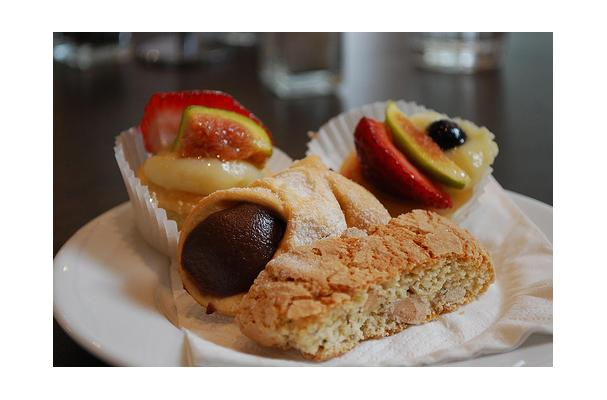 Image of Almond Biscotti, Foodista